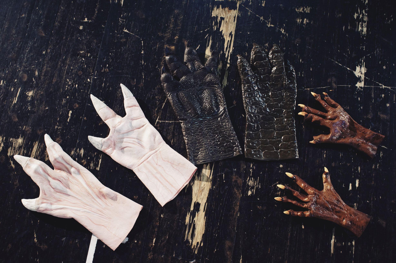 monsterklauen-aus-dem-tiefen-dunklen-wald-probenbesuch-im-schauspielhaus